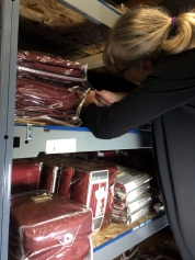 ounting the red curtains inventory